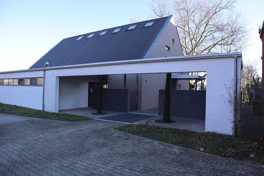 Friedhof Linkenheim - Aussegnungshalle außen