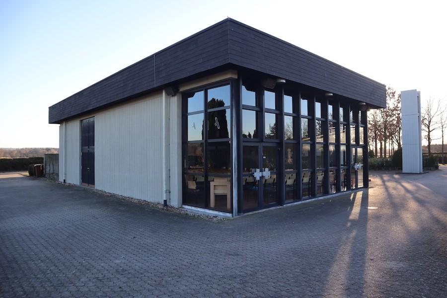 Friedhof Staffort - Aussegnungshalle