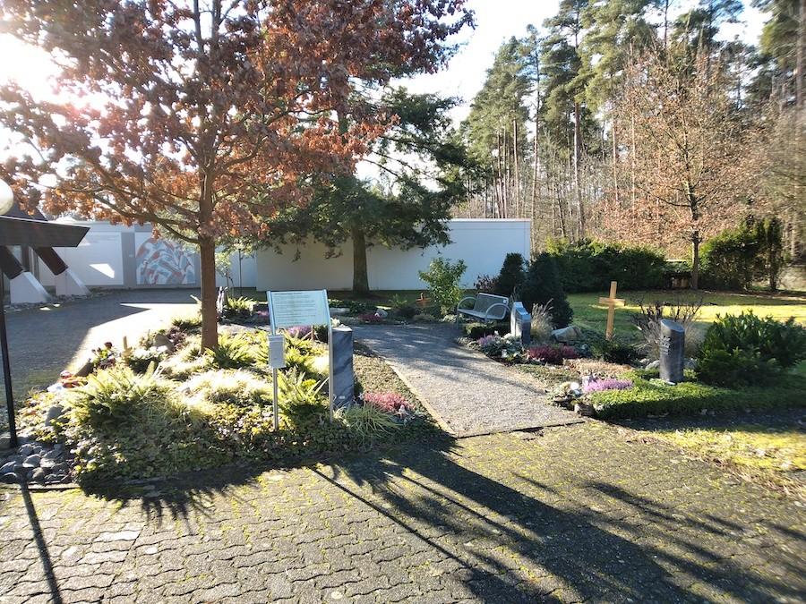 Friedhof Friedrichstal - Gärtnergepflegtes Grabfeld