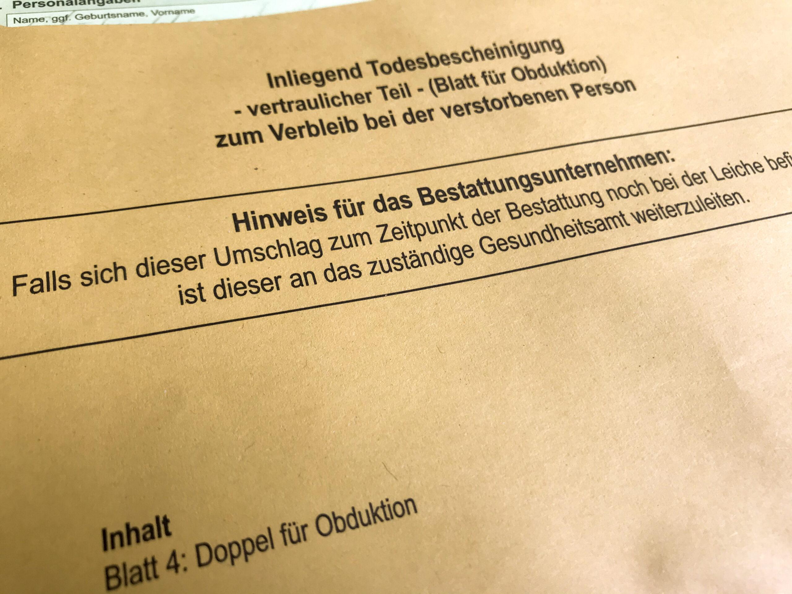 Todesbescheinigung Gelbes Kuvert