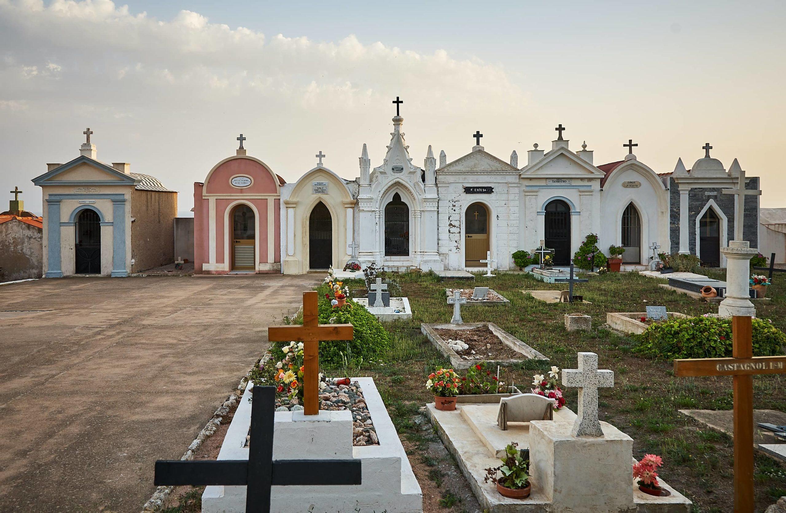 Wer muss die Grabpflegekosten tragen?